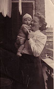 Photo-me and mum-1949
